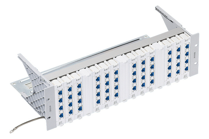 "R&M R302360 19"" 3U Global Patch Panel 48xRJ45/s, Real10 Cat. 6 Купить"